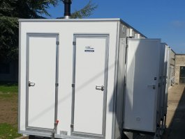 welfare-units-mobile-shower-front